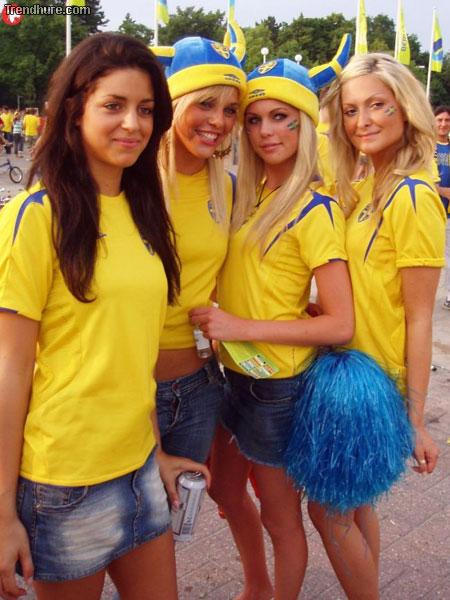 EM-2008 babes