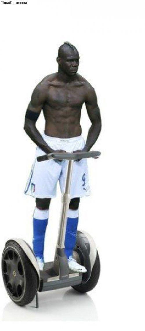 Mario Balotelli-Memes #2